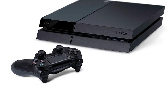 Playstation 4 será 100 dólares mais barato e 1000 vezes mais divertido que XBOX One